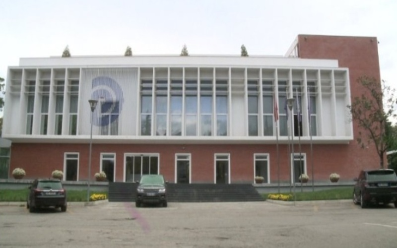 Lulzim Basha nis konsultimet me aleatët për reformën zgjedhore