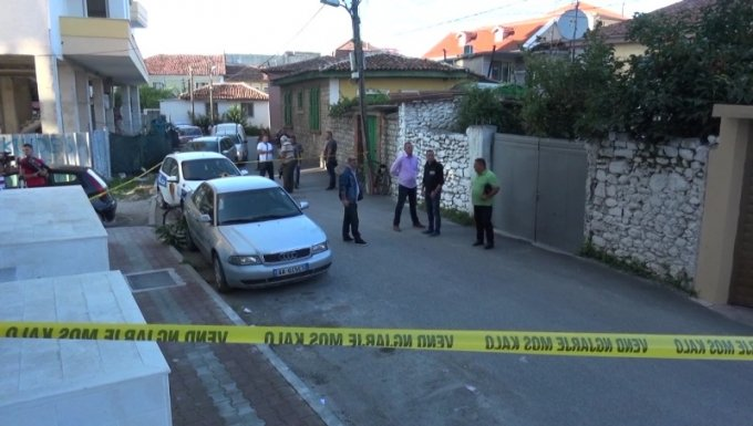 Pendohet xhaxhai vrasës në Shkodër