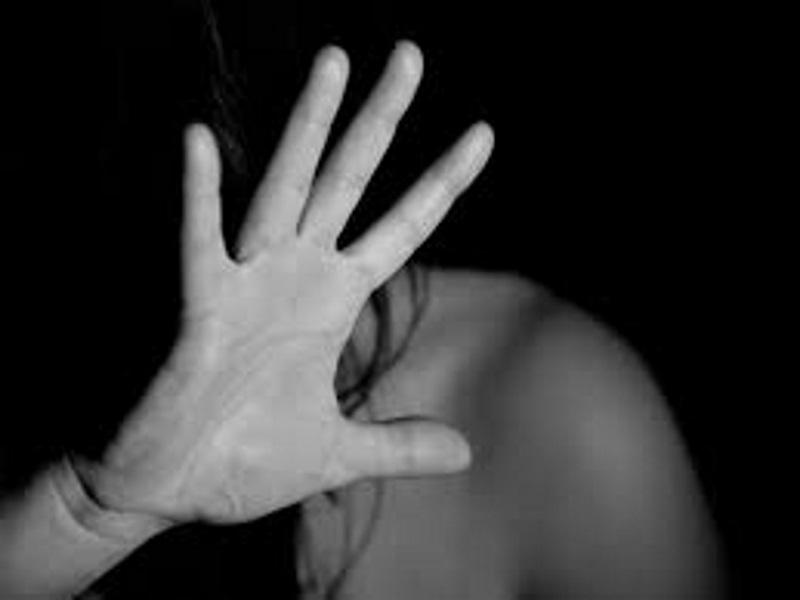 18-vjeçari nga Levani kryen marrëdhënie seksuale me 13-vjeçaren