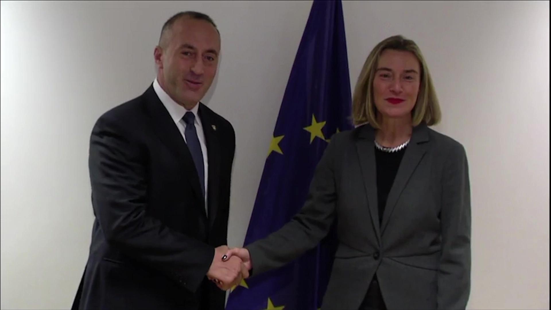 Mediat Serbe: Mogherini u largua nga takimi i Haradinajt pasi ai kërkoi përfshirjen e SHBA