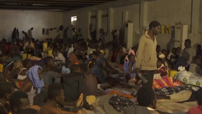 Reportazhi i CNN në Libi, emigrantët shiten në ankande njësoj si në epokën e skllavërisë