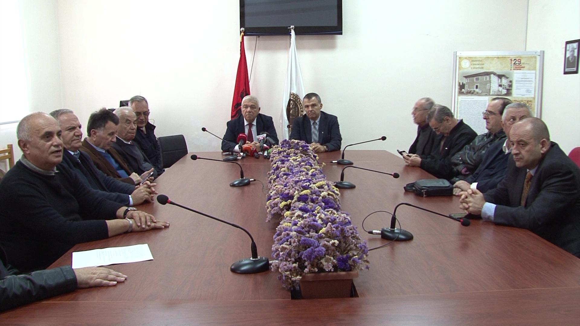 Beqiraj: U dorëhoqa si kryetar i ASH për t'i hapur rrugë reforimimit