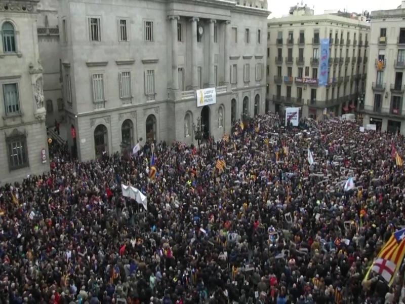 Lihet në liri me kusht ish-kryetarja e Parlamentit të Katalonjës