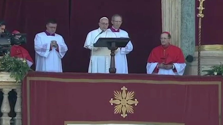 Papa Françesku kërkon mëshirë për politikanët që përkrahin racizmin