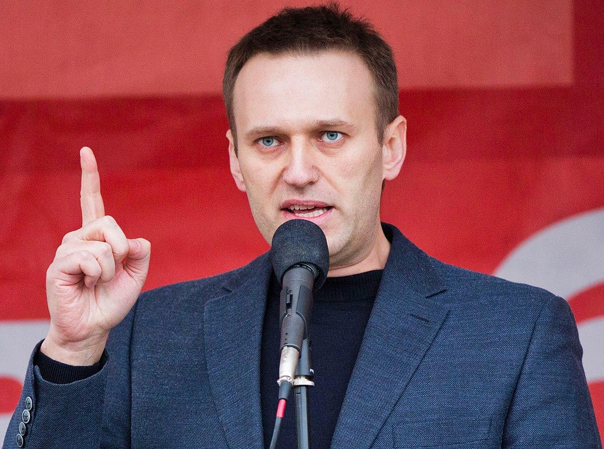 1200px-Alexei_Navalny.jpg