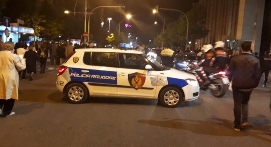 auto_policia-naten-655x3561497861834.jpg