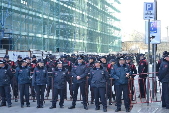 policia_protesta.jpg