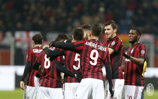 preview-fiorentina-vs-ac-milan-rossoneri-masih-panas-GEp.jpg