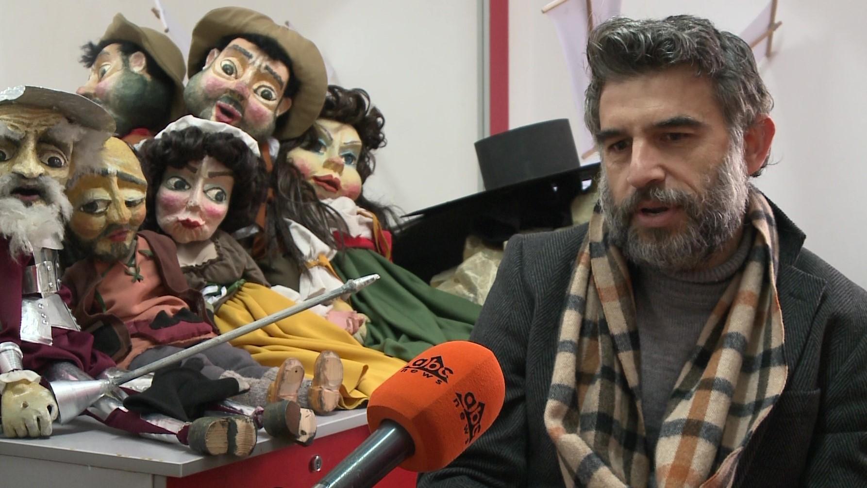 Don Kishoti vjen në skenë përmes kukullave