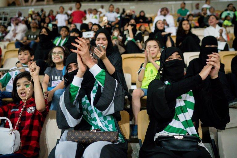 Saudi-soccer-slide-8A9P-master768.jpg
