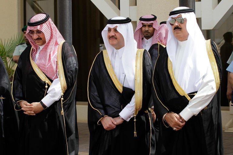 Arabia Saudite liron disa princa dhe biznesmenë, mbaheshin te burgosur në një hotel luksoz