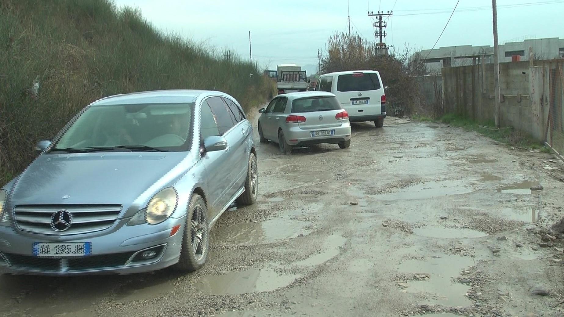 Mbikalimi i Fllakës në Durrës është kthyer në makth