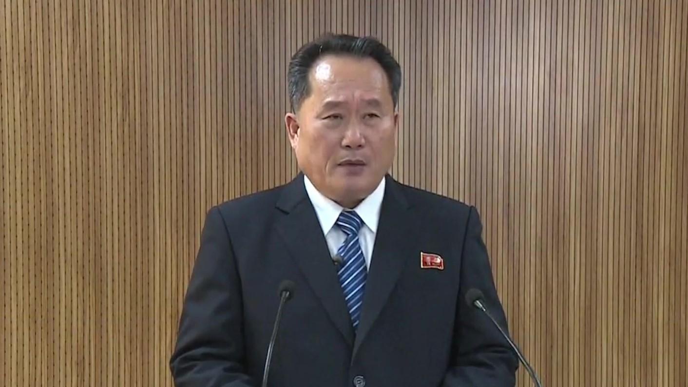 Koreja e Veriut rihap linjën telefonike me Korenë e Jugut