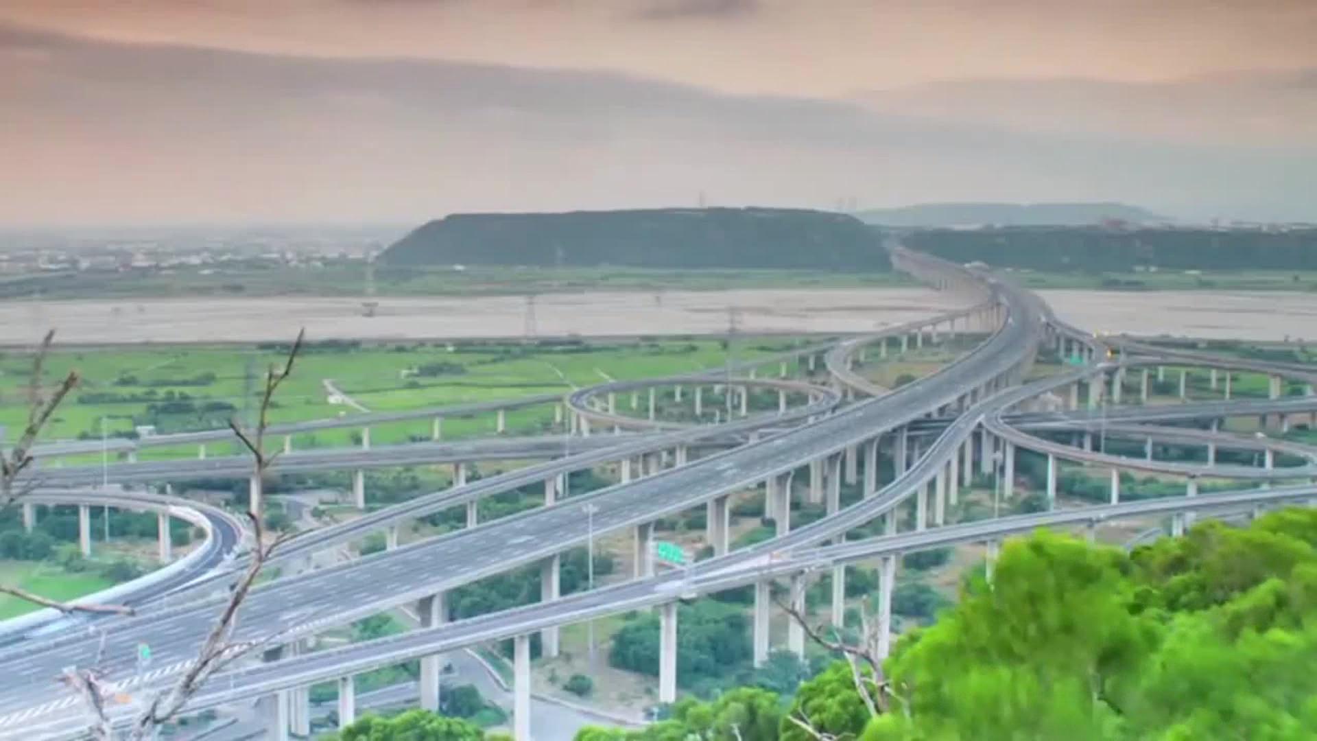 """Kinë/ Rrugë të reja mëndafshi, zgjerohet oreksi i """"Dragoit"""""""