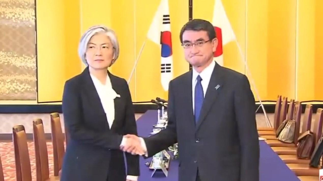 Kriza koreane, Kina kritikon takimin e Vankuverit