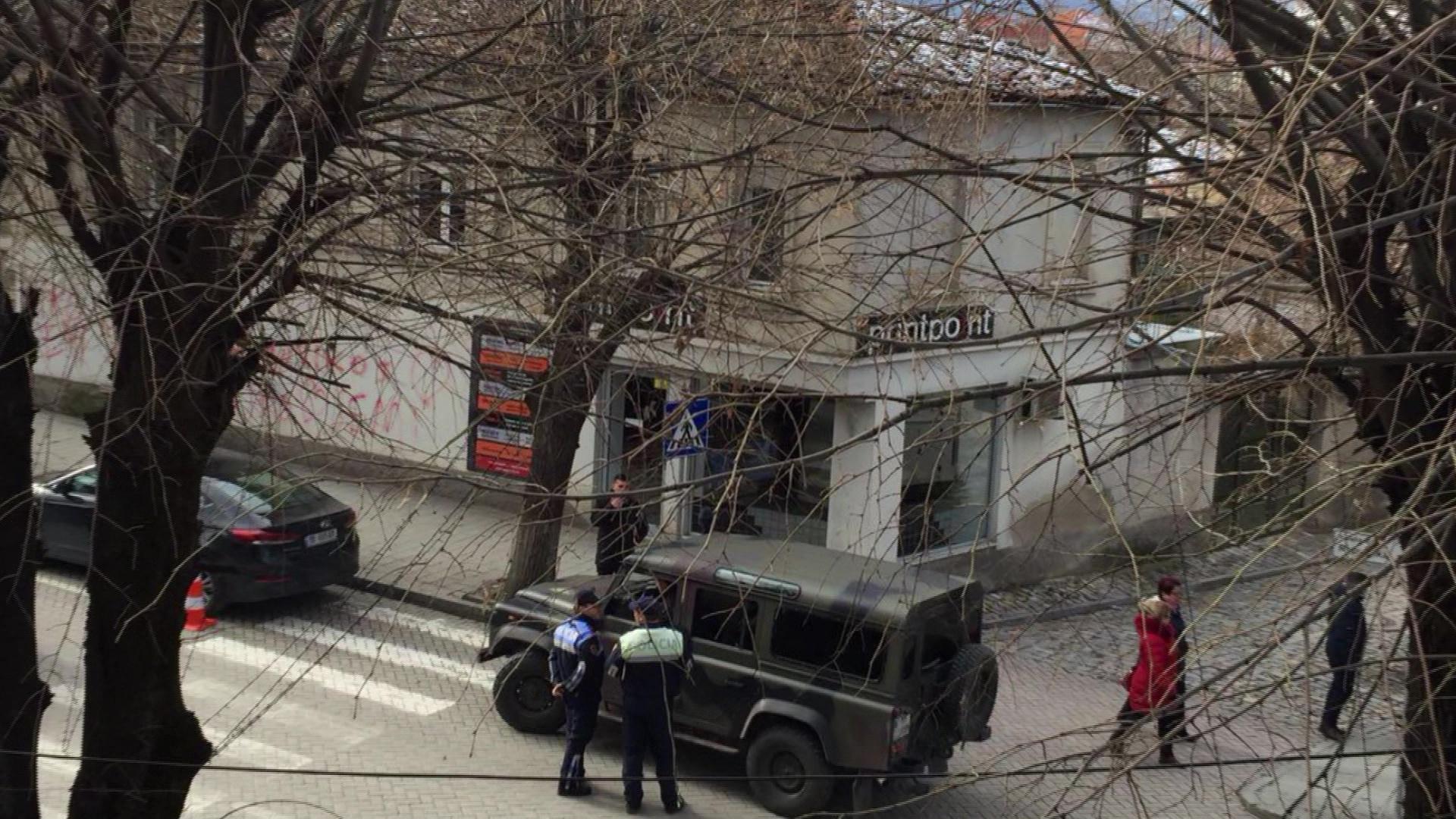 Takimi Kotzias-Bushati në Korçë/Shtohen forcat e policisë