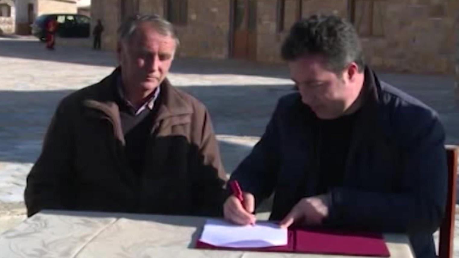 Peleshi: Menaxhimi i liqenit të Prespës u kalon shoqatës së peshkatarëve