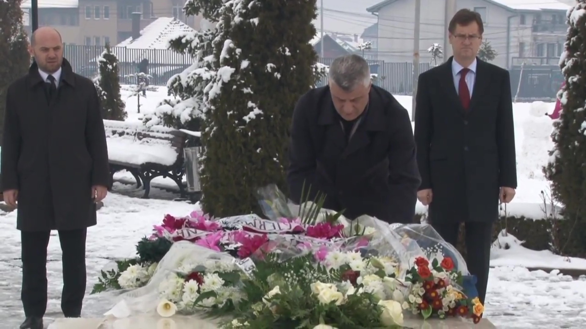 Kosovë, përkujtohet 12-vjetori i vdekjes së Ibrahim Rugovës
