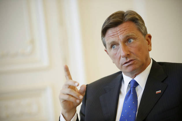 Pahor, apel politikës kosovare: Zgjidhni mosmarrëveshjet