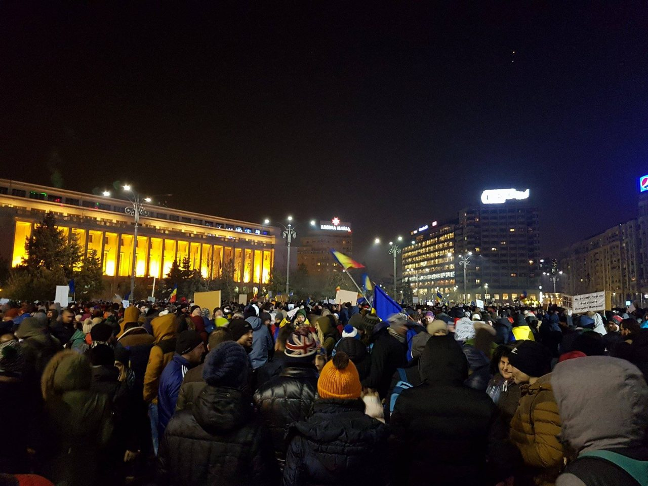 Bucharest-protests-Feb-1-Romania-Insider-2-1280x960.jpg