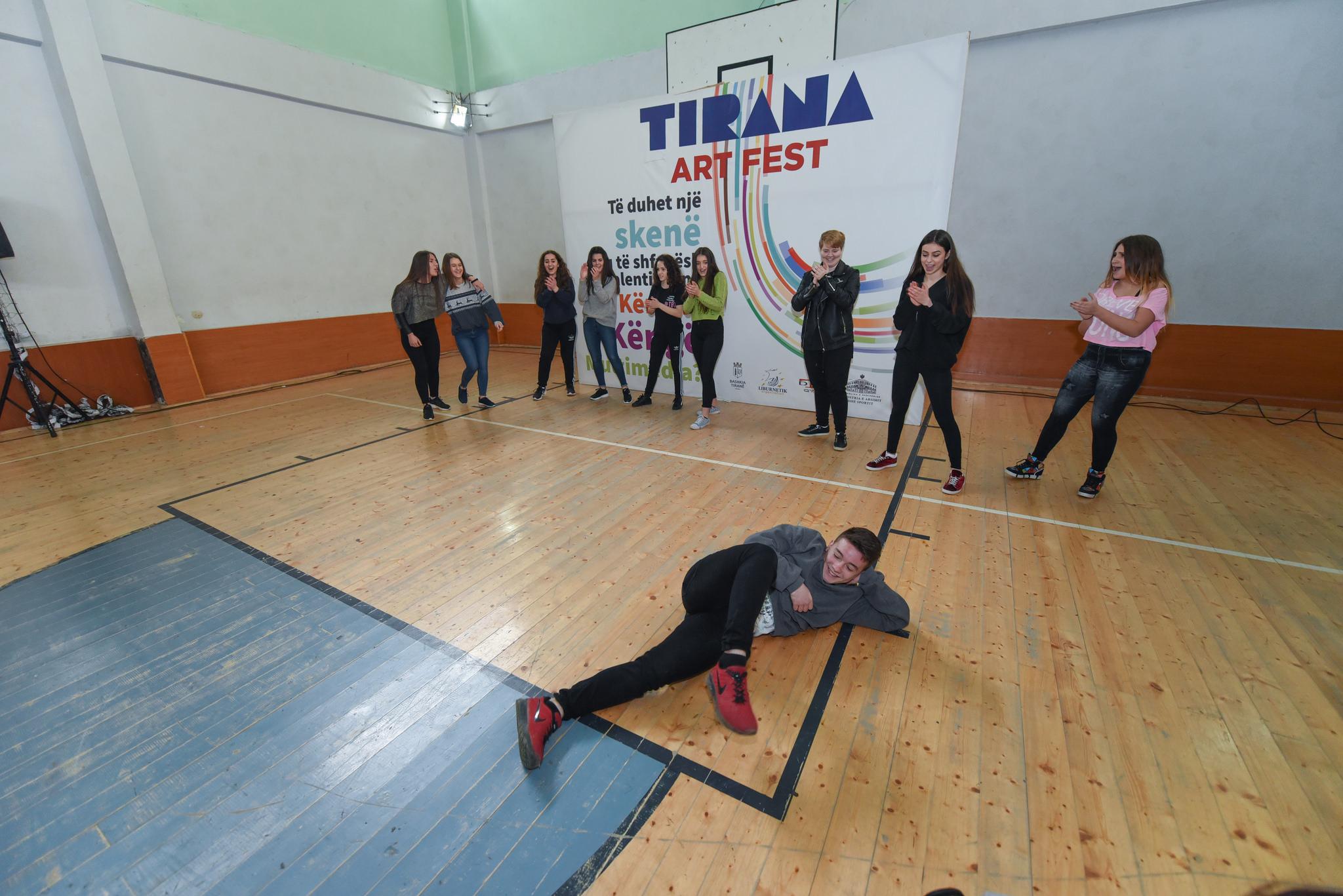 """Nis edicioni i tretë i """"Tirana Art Fest"""", hapen audicionet në gjimnaze"""