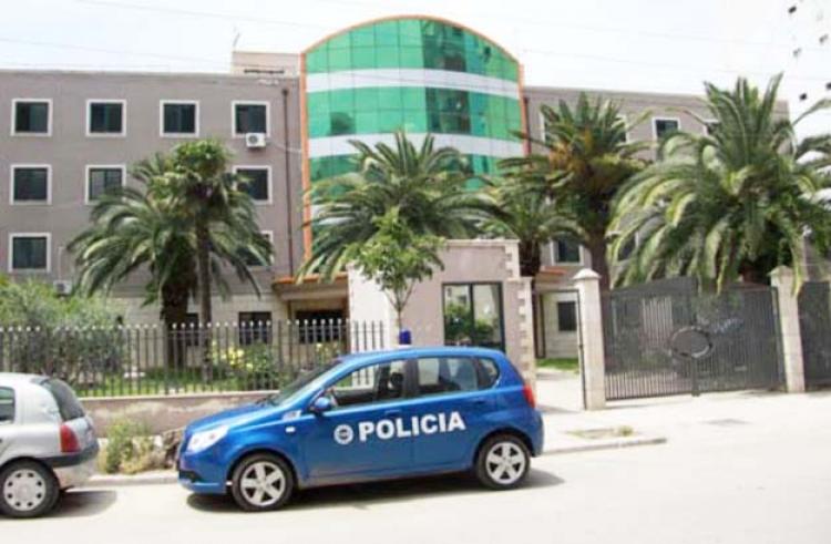 Arrestohet kreu i Kadastrës në Durrës