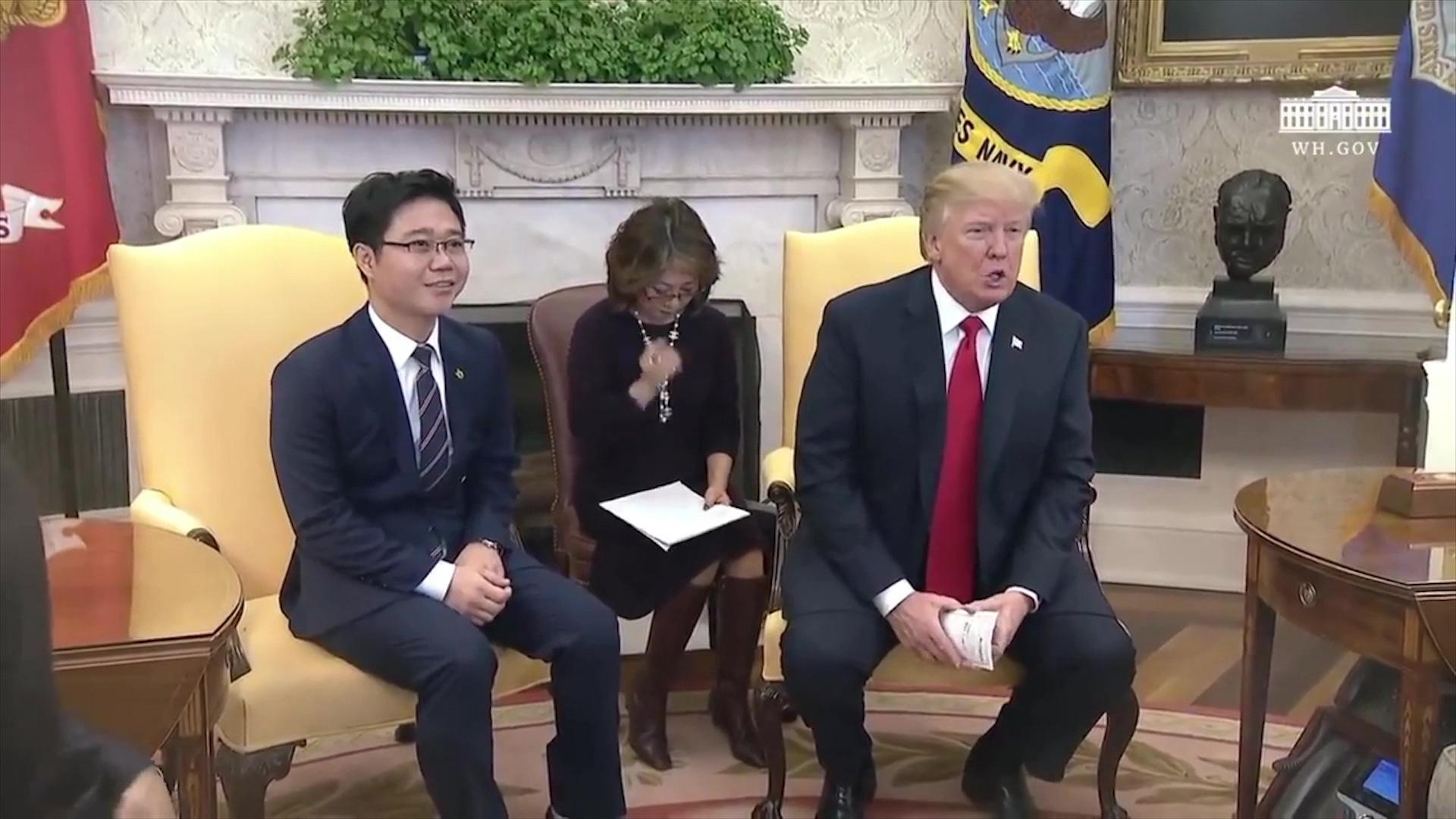 Shtatë dezertorë të Koresë së Veriut takohen me Trump në Shtëpinë e Bardhë