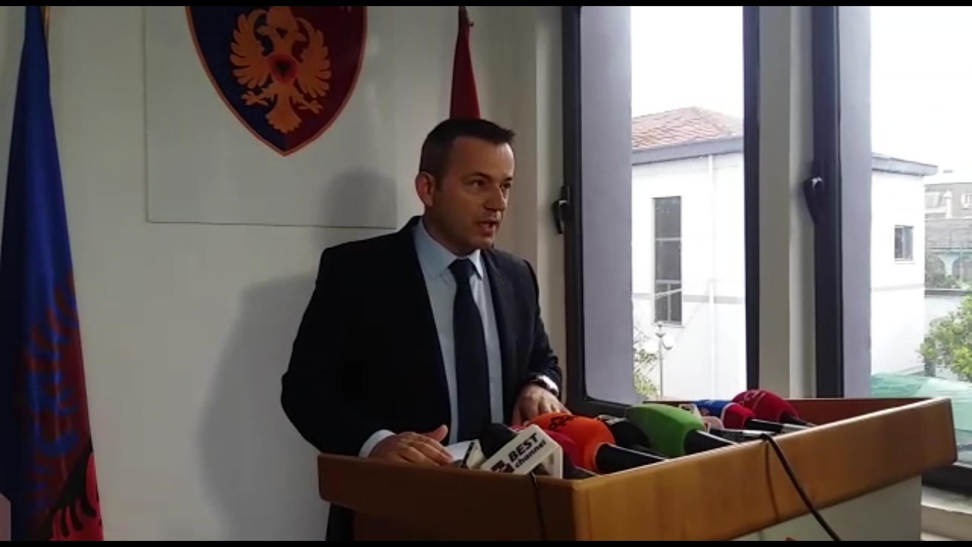 Operacioni në Elbasan/Nëndrejtori Sulaj: Goditëm një grup kriminal
