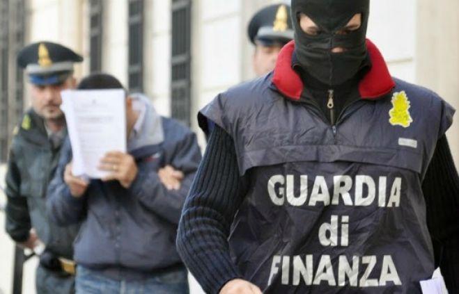 5 ton marijuanë/Ja emrat e shqiptarëve të arrestuar