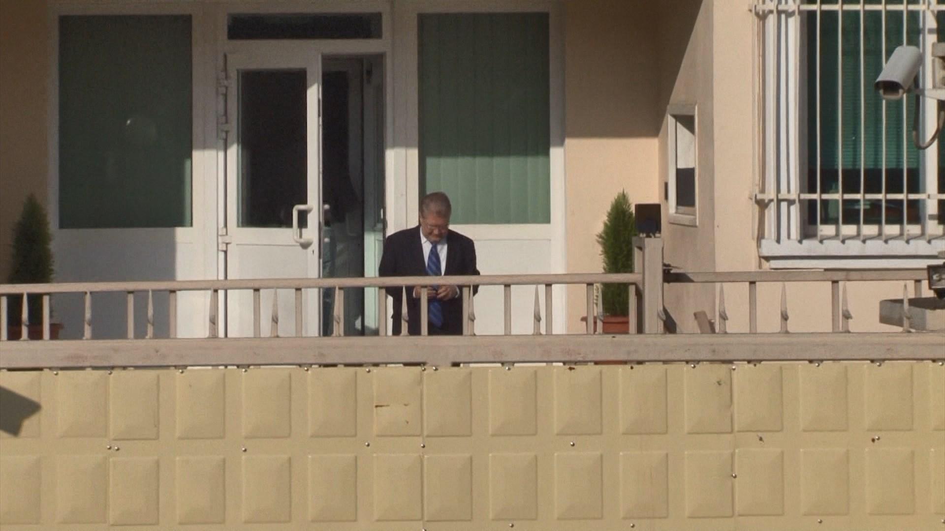 Ministrat e jashtëm të Shqipërisë për dëbimin e diplomatëve rusë