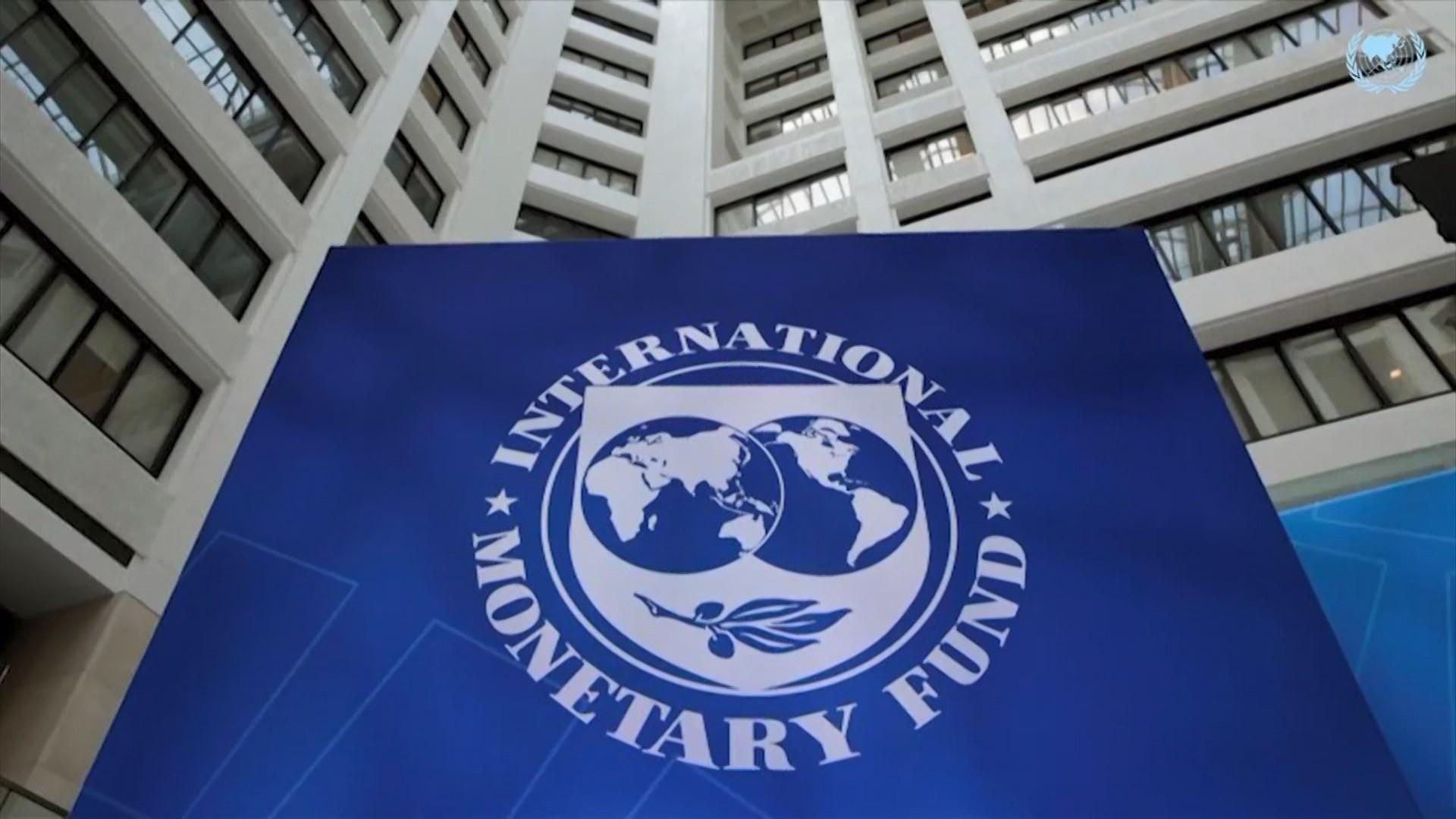 FMN: Lufta tregtare kërcënon ekonominë globale