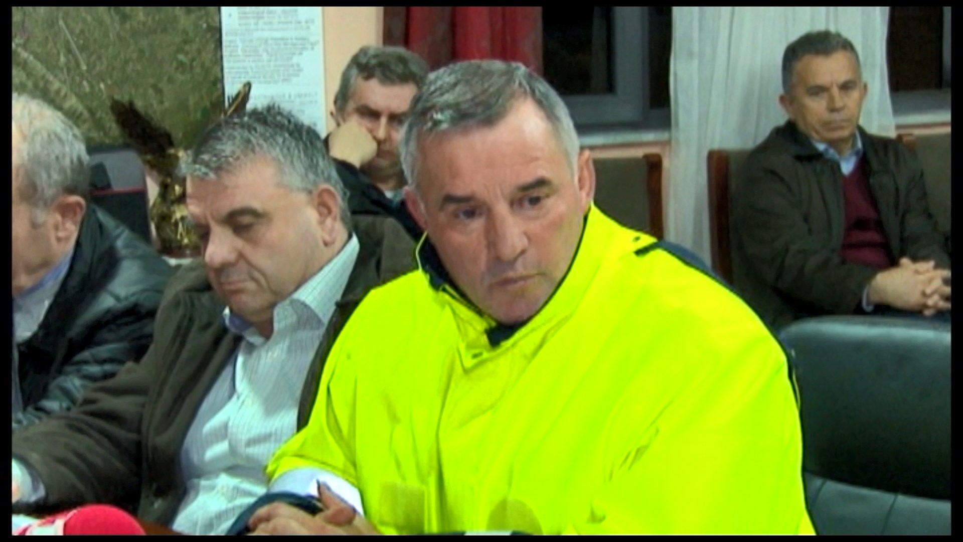Prençi në Shkodër: Të shpallet emergjenca, të nisë hetimi për rrugën