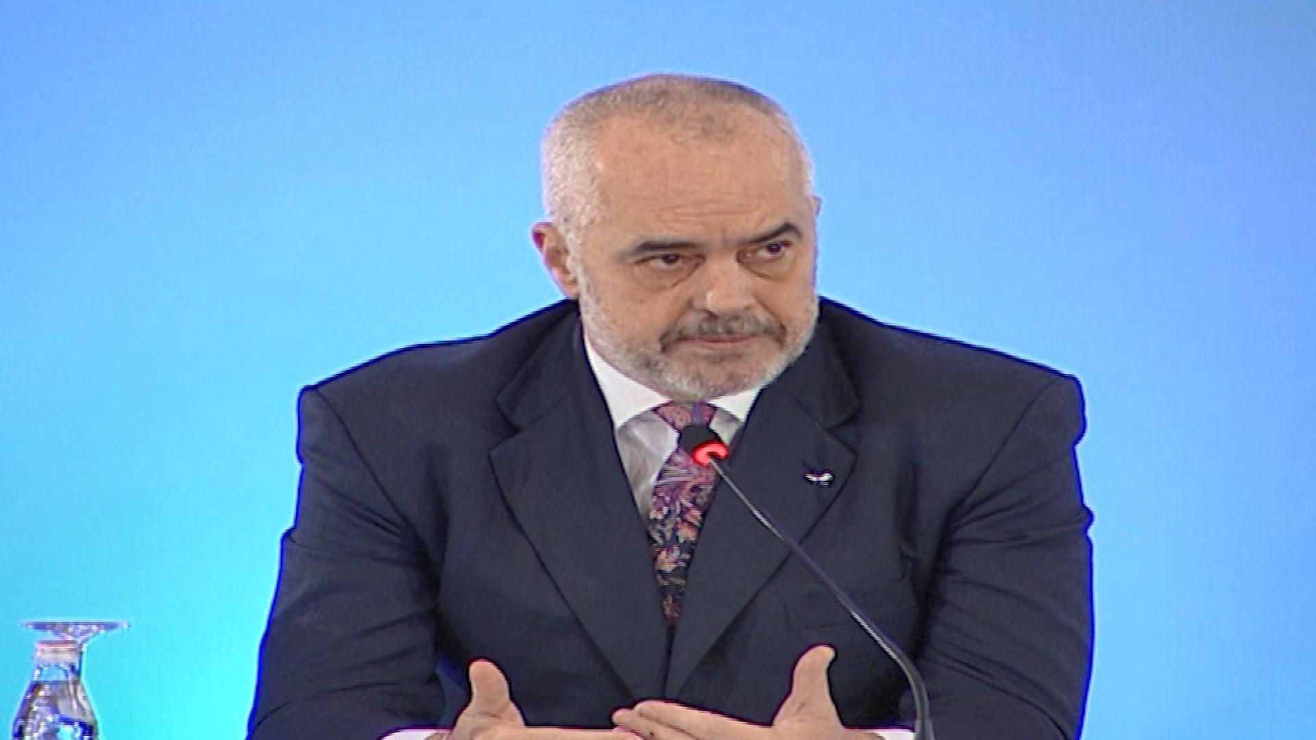 Rama: Prej fundit të këtij viti, shqiptarët aksionerë në OSHEE