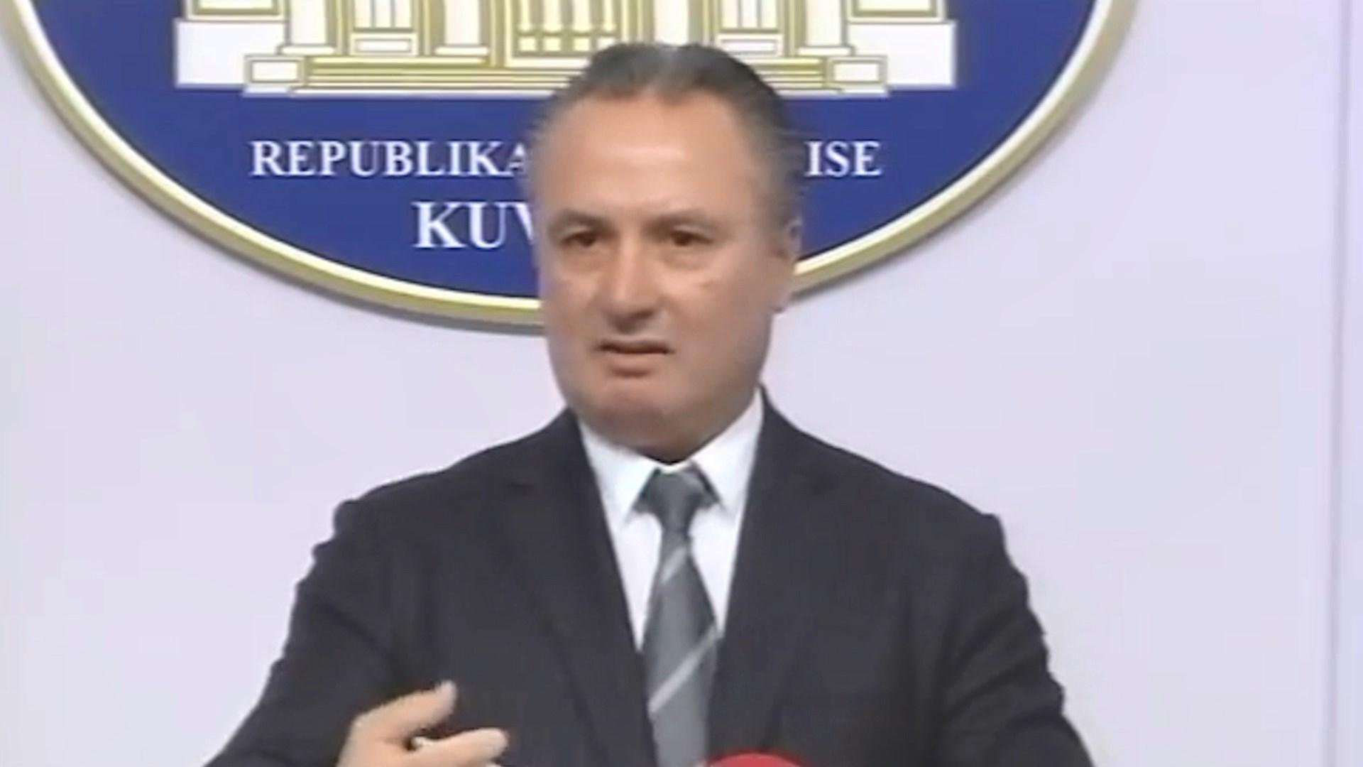 """Ish-deputeti Shkëlqim Selami në gjyq për """"falsifikim dokumentash"""""""