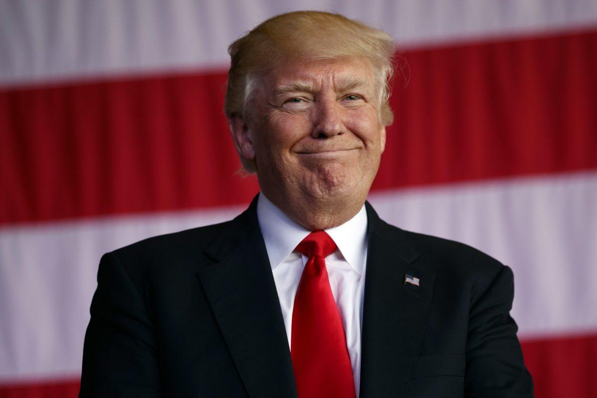 Trump mbron të zgjedhurën e tij për CIA-n