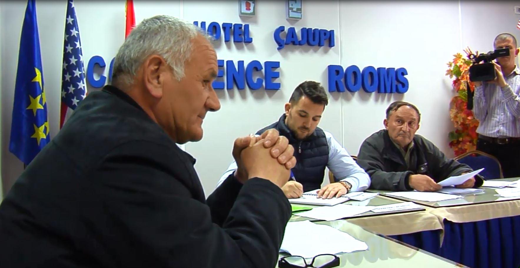 Gjirokastër, PD-LSI shkarkojnë kryetarin e Këshillit Bashkiak