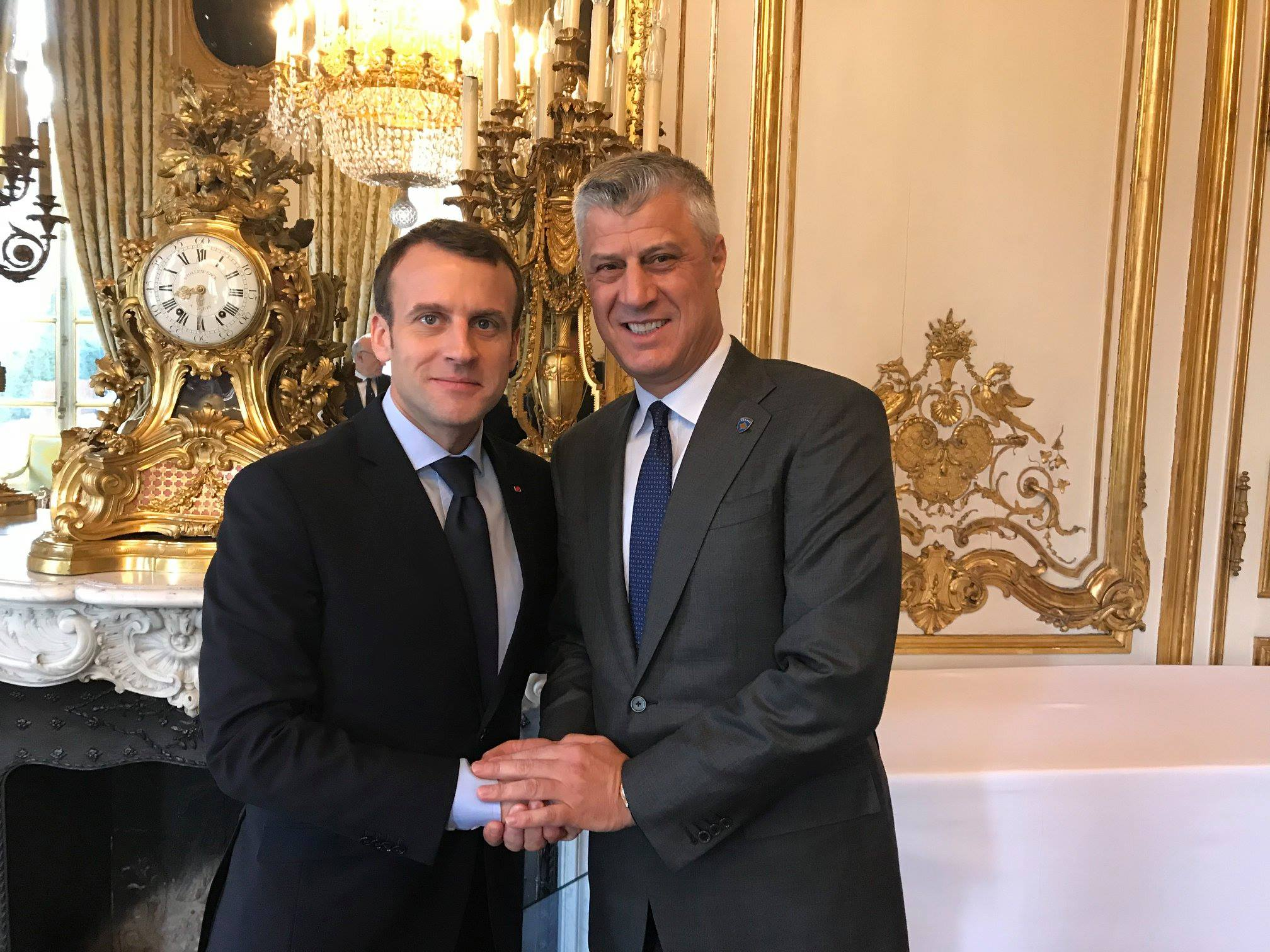 Presidenti Thaçi takohet me Macron