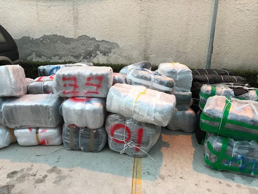 EMRAT/ Kapet gomonia dhe 6 kuintal drogë në Laç: Dy të arrestuar