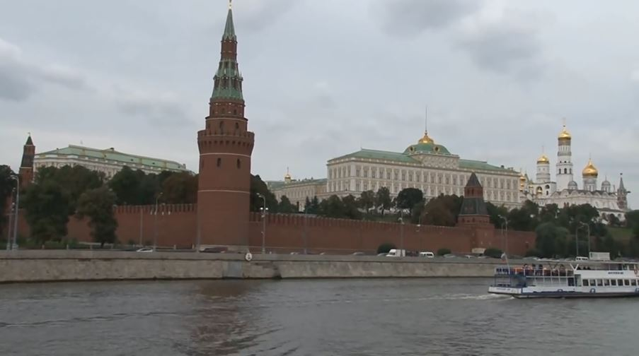 Ndikimi, po nënvlerësohet zakoni i Kremlinit për të blerë politikanë europianë