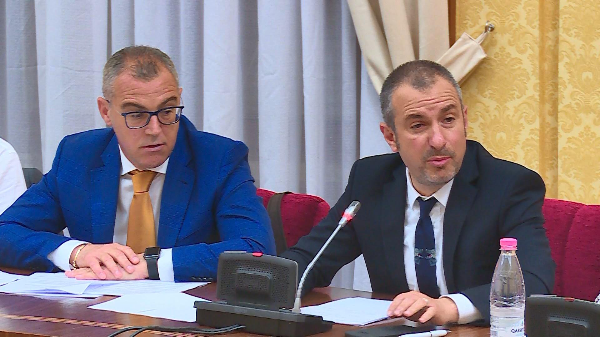 Forcimi i lekut kundrejt euros/ Bushati: Bien supozimet e opozitës