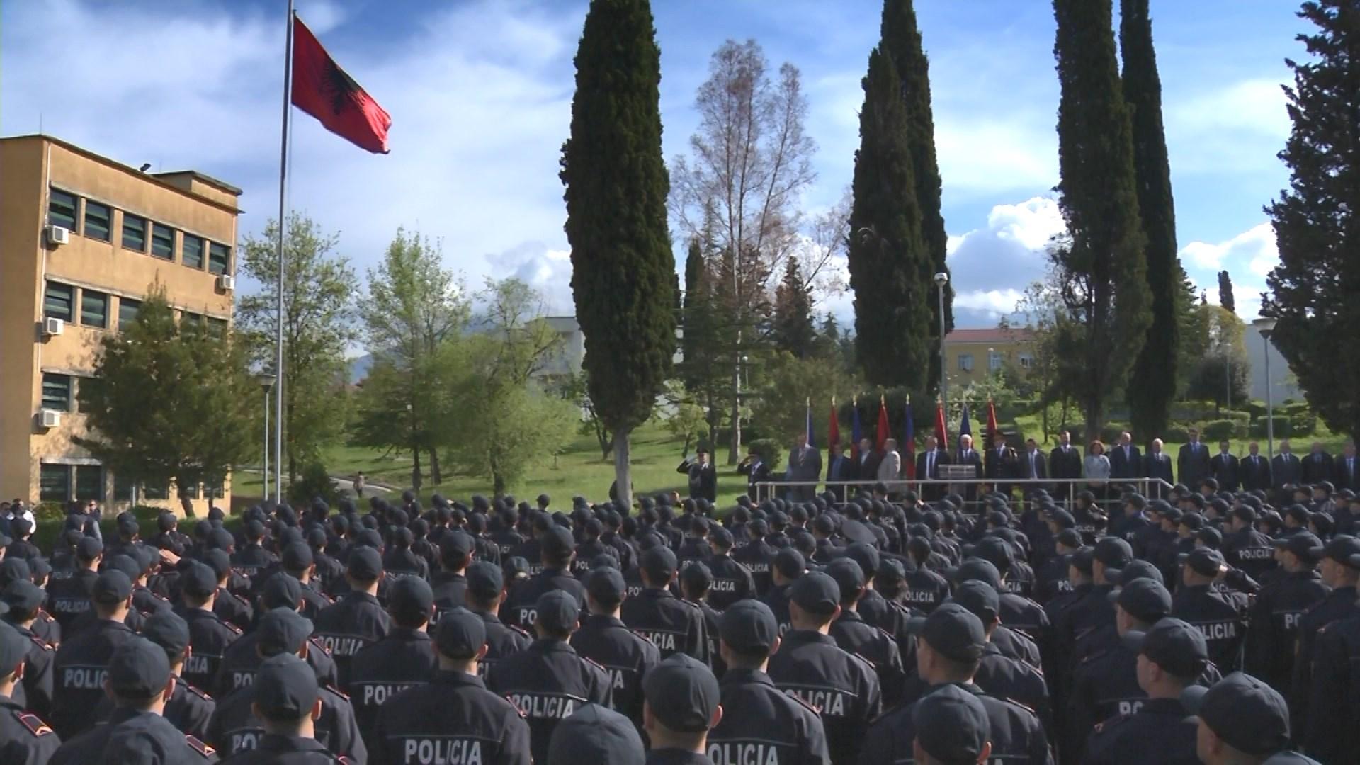 Vettingu në Polici/300 punonjës dorëzojnë formularët e vetëdeklarimit