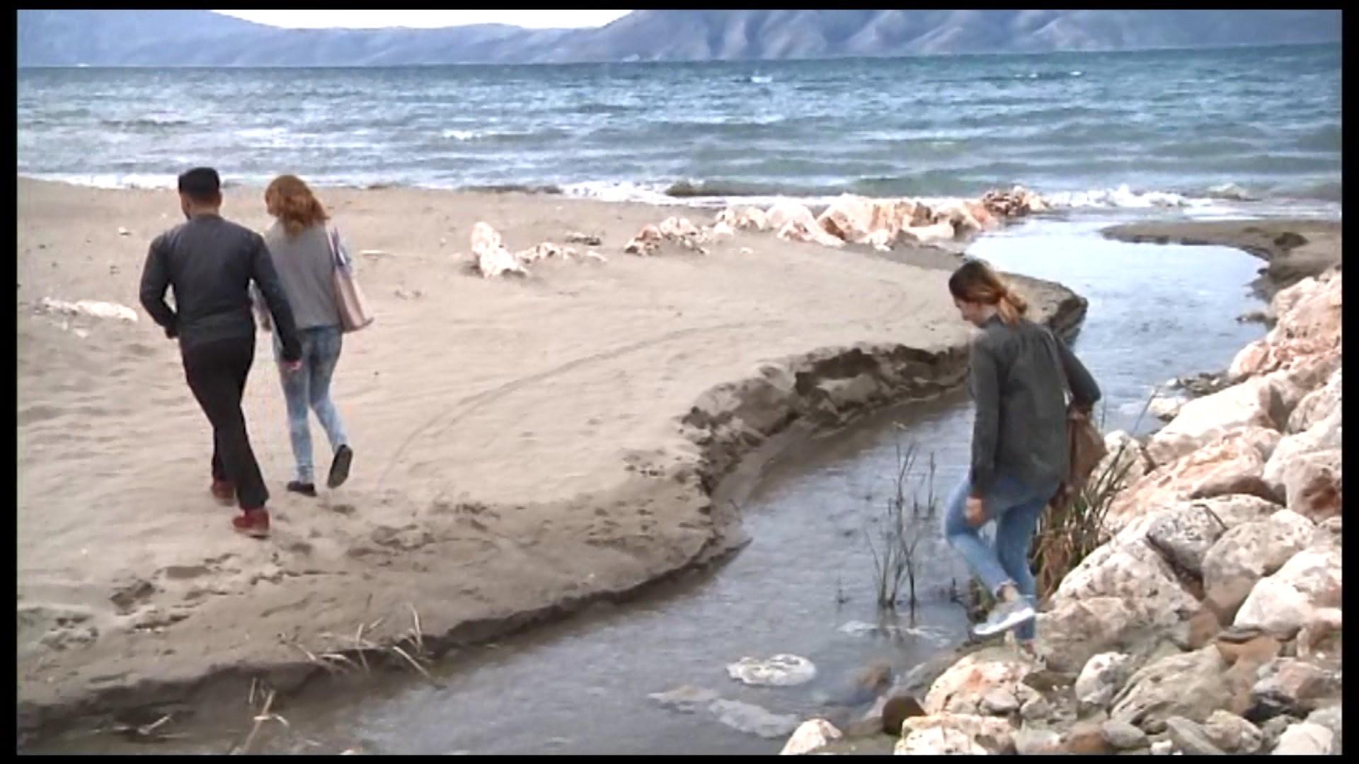 Ujërat e zeza në Vlore shkarkohen të gjitha në det