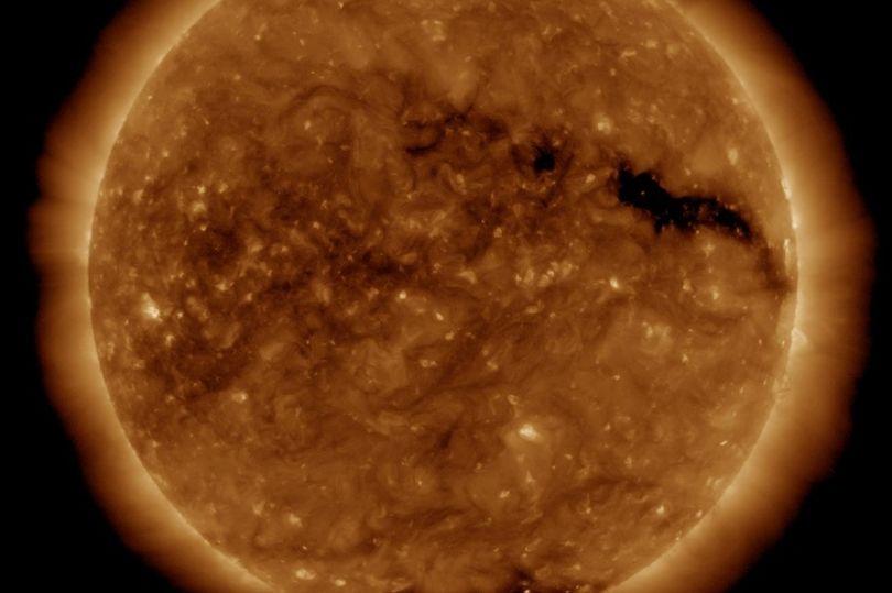 Vrimë e zezë në Diell, mund të ketë pasoja për planetin
