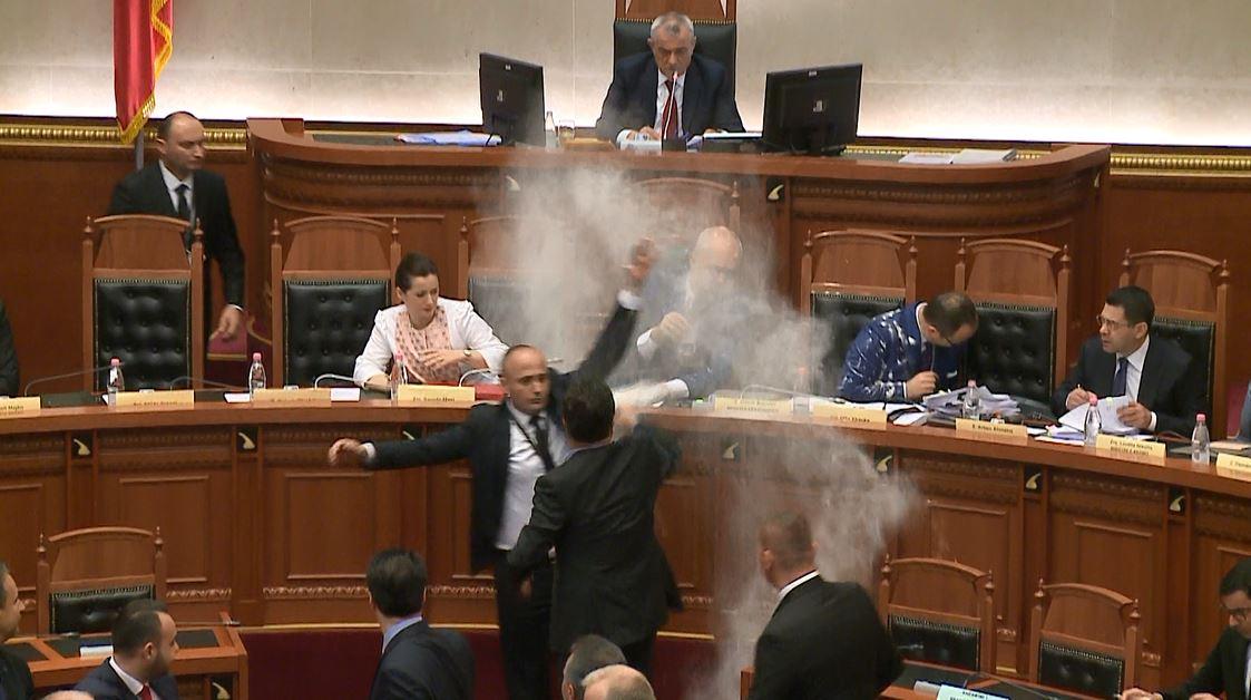 Byroja e Kuvendit do përcaktojë deputetët që do të ndëshkohen