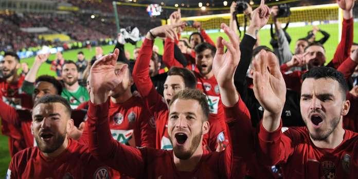 Ekipi i kategorisë së tretë në finale kundër PSG