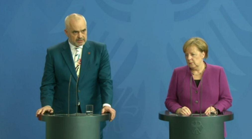 """Zbardhet axhenda e """"Berlinit"""", Merkel kokë më kokë me Ramën përpara samitit"""
