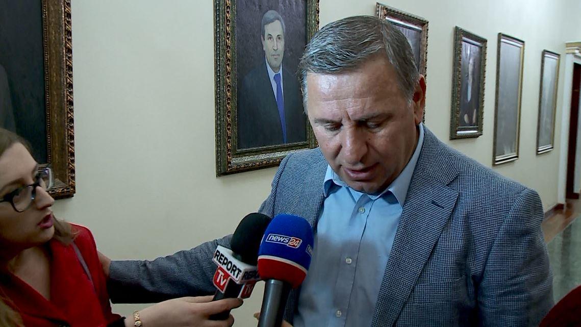 Deputeti i LSI: Basha nuk është kryetar i partisë time