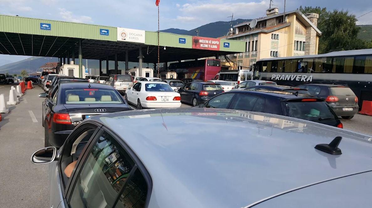 """Kosova """"shpëton"""" turizmin e Shqipërisë, në gusht përbënin 62% të hyrjeve"""