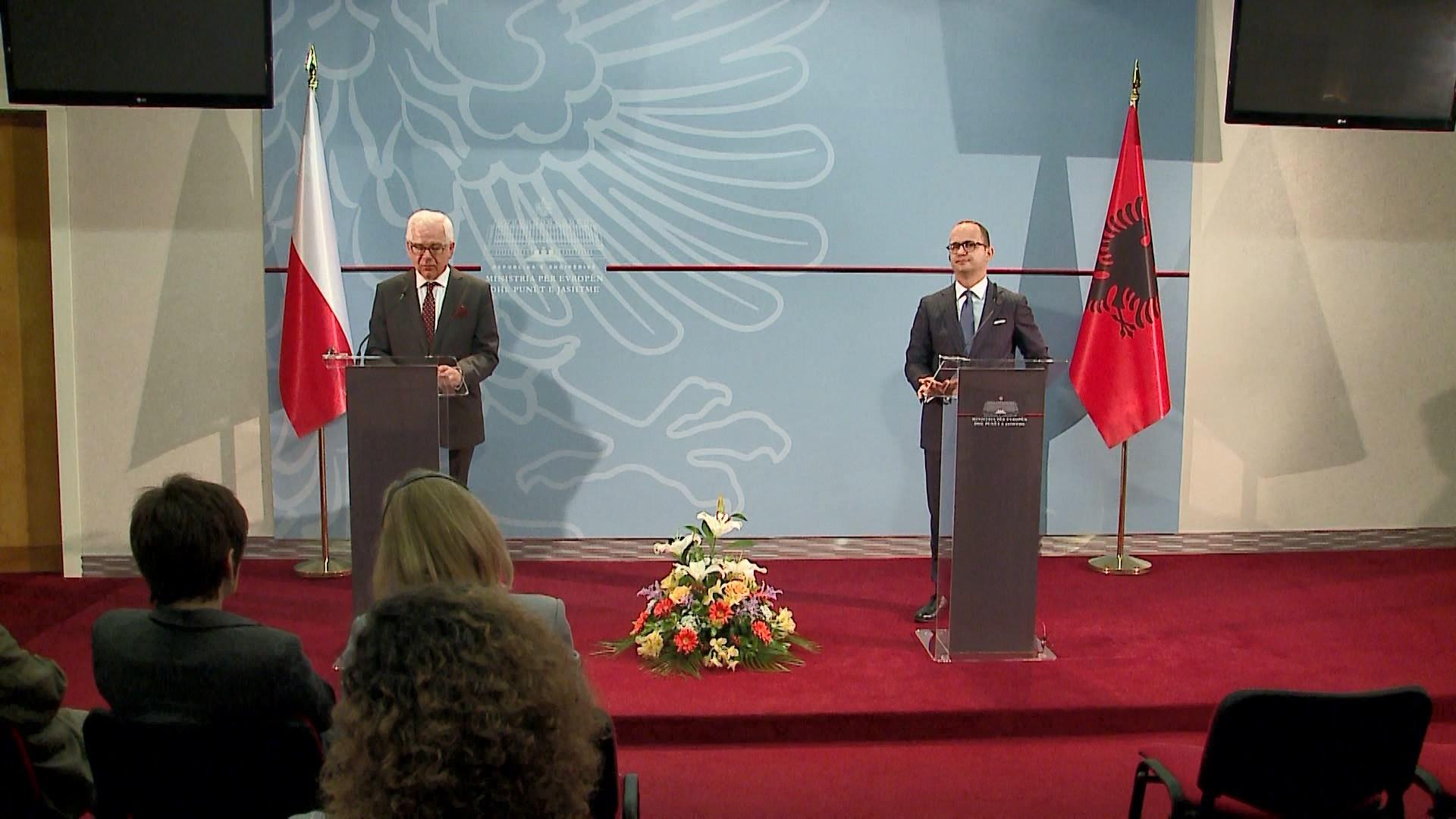 Ministri Polak: Duhen data konkrete për anëtarësim në BE