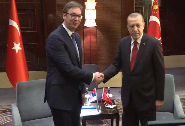 Marrëdhëniet Turqi-Serbi/ Erdogani fton në Ankara Vuçiçin